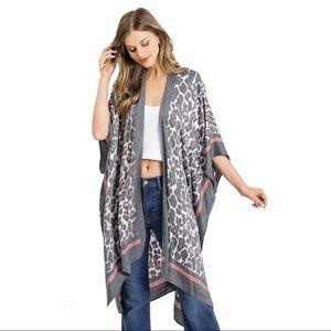 Tom & Eva Leopard Kimono